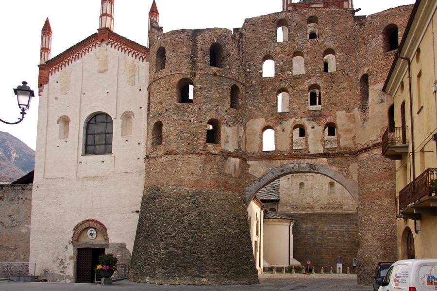 Susa Porta Savoia